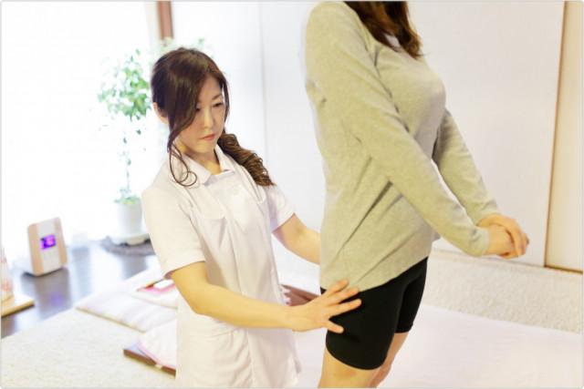 ①女性整体師による施術